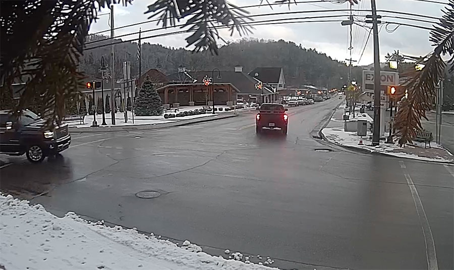 828 mountain webcams-downtown banner elk nc
